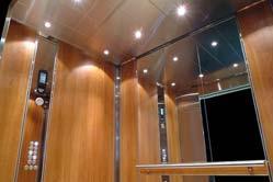 Photo ascenseur éclairé - 01.